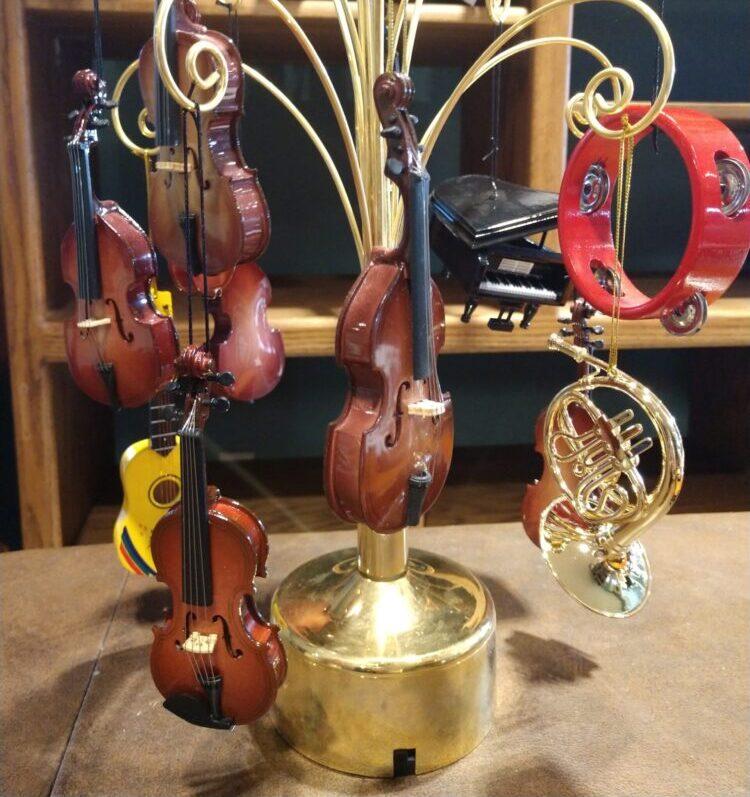 Violin Ornaments